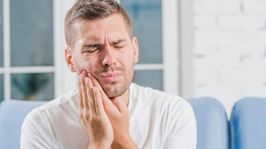 Tandenknarsen in slaap