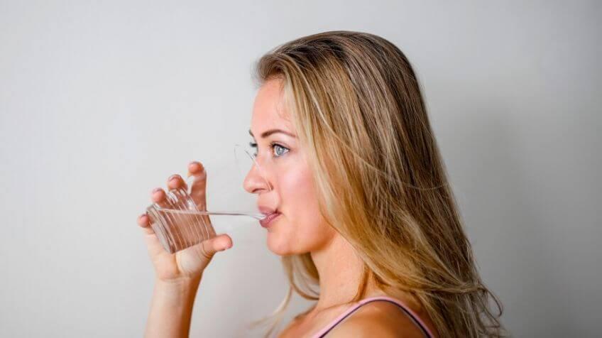 Jetlag water drinken